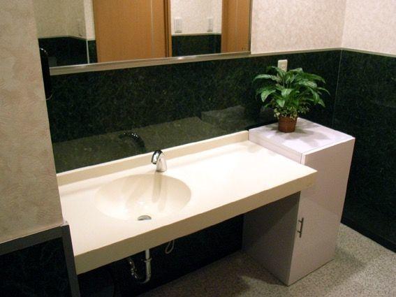 4階の女性専用トイレです。ぜひ、内覧時にトイレもご覧下さい。
